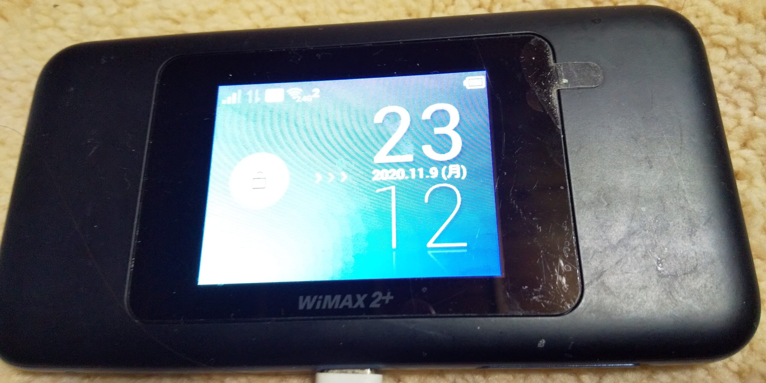auWiMAXのSPEED-Wi-Fi-NEXT-W06